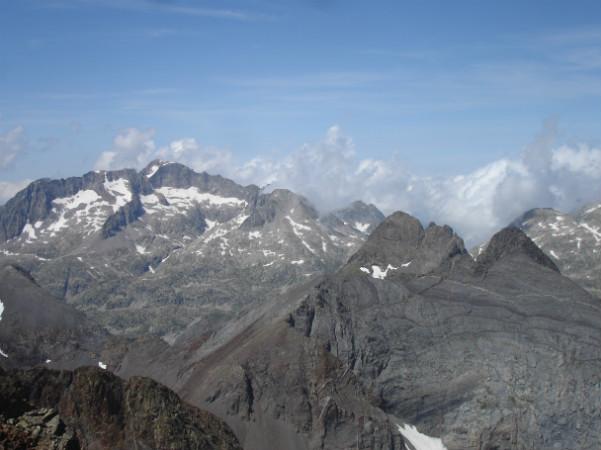 Espectaculares vistas desde la cima de Los Infiernos