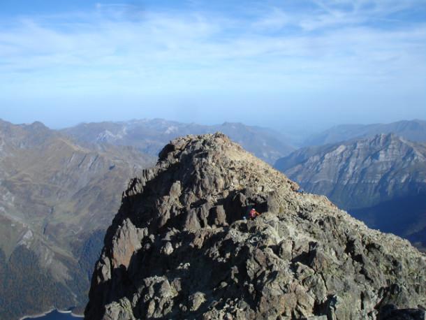 Último tramo de la ascensión al Midi donde ya vemos la cima